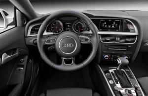 Cockpit des Audi A5 Facelift