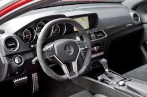Cockpit des neuen C 63 AMG Coupe Black Series