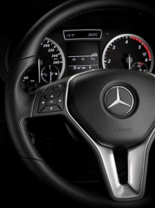 Drei-Speichen Lenkrad in der neuen Mercedes B-Klasse