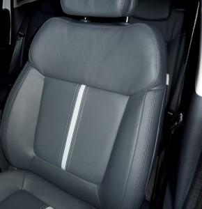 Peugeot 3008 onLine Ausstattung basiert auf Allure Linie