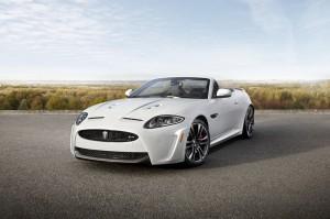 JAGUAR XKR-S wird auf der L.A. Auto Show enthüllt