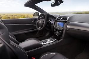 JAGUAR XKR-S Innenraum-Preis des offenen Cabrios ab 138.100 Euro