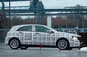 Erlkönig neue Mercedes A Klasse mit QR Code