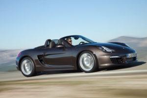 Neuer Boxster von Porsche mit komplett neuer Leichtbau Karosserie
