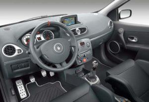 Sportlicher Innenraum des Renault Clio R.S. sport auto Edition