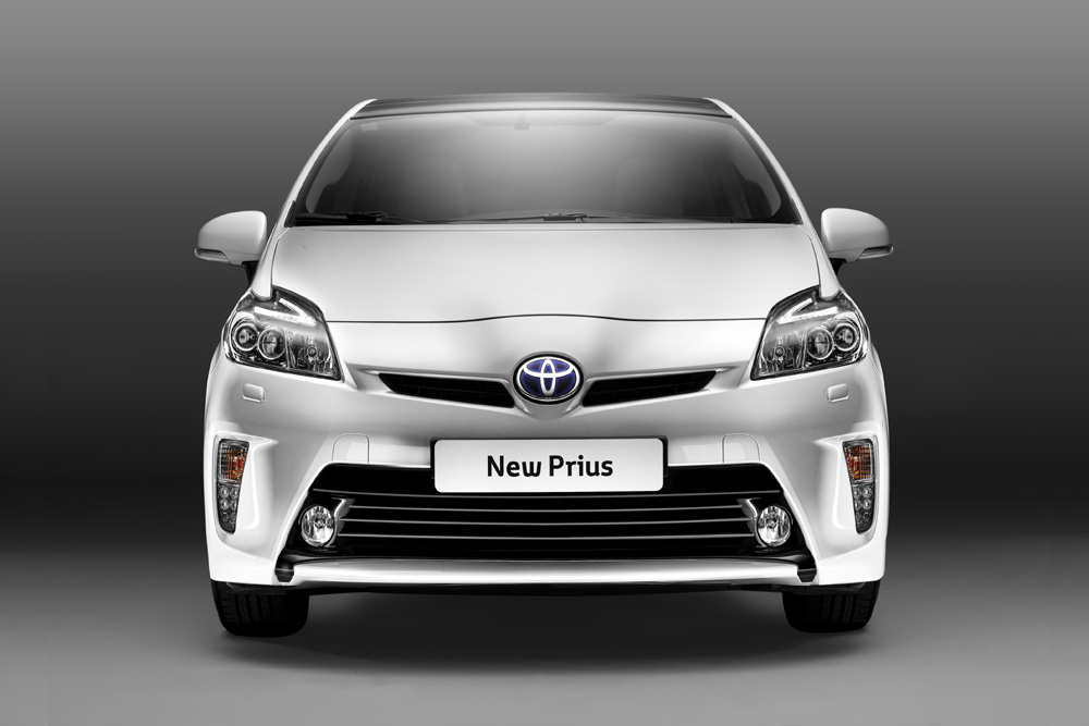 Toyota Prius Modell 2012 Tagfahrleuchten in Stoßstange integriert