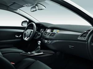 Laguna Coupe Facelift 2012 Cockpit