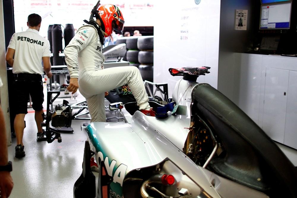 Formel 1 Spanien 2012-Michael Schumacher hält Reifenwahl für Rennen offen