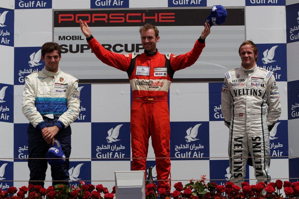 Porsche Mobil 1 Supercup Bahrain 2012 Titelverteidiger gewinnt souverän 1.Lauf 2012
