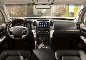 Toyota Land Criuser V8 Modell 2012 Innenraum