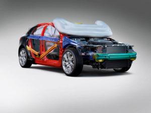 Volvo V40 Fußgänger Airbag