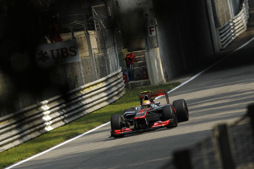 Startaufstellung Monza 2012 Lewis Hamilton startet von der Pole in den GP von Italien