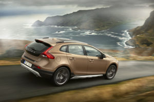 Weltpremiere in Paris Neuer Volvo V40 Cross Country