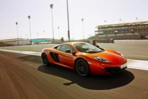 Neuer McLaren P1mit Leistungspektrum über dem McLaren MP4 12C angesiedelt
