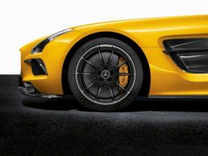 SLS AMG Coupe Black Series AMG Keramik Hochleistungs-Verbundbremsanlage serienmäßig