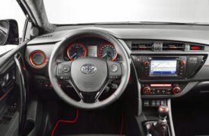 Toyota Auris Touring Sports Innenraum