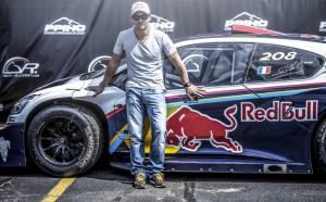 Rallye Weltmeister Sebastien Loeb und PS Monster Peugeot 208 T16
