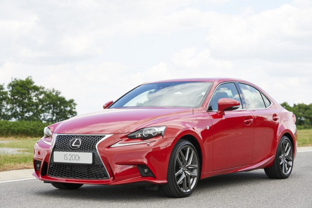 Weltpremiere Lexus IS200t