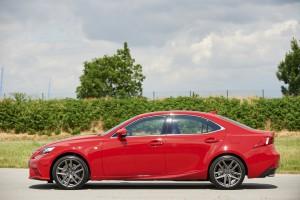 Neuer Lexus IS 200t Diesel
