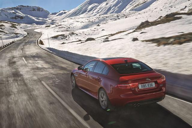 Jaguar XE unter den sieben Finalisten zur Wahl Auto des Jahres 2016