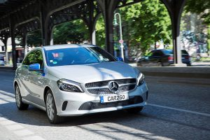 300 Mercedes-Benz Fahrzeuge von car2go stehen den Kunden ab 27. Juni 2016 in Berlin für die spontane Anmietung zur Verfügung.