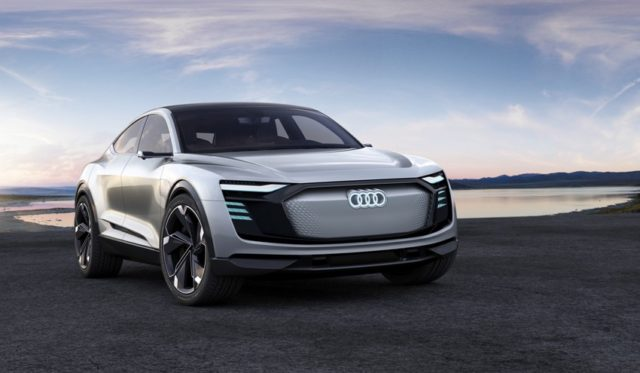 Audi e-tron Sportback concept LED Matrix Einheiten an Front
