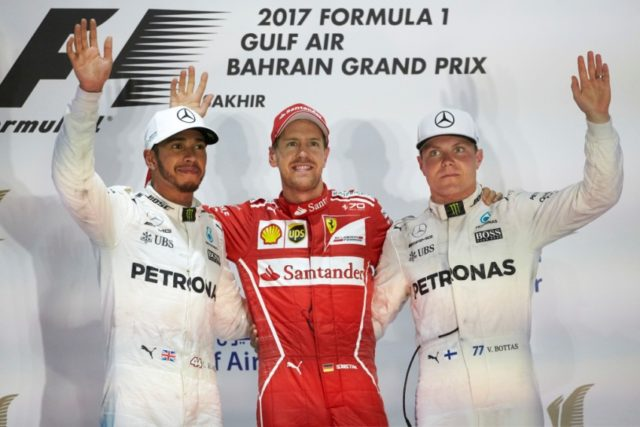 Formel 1 GP Bahrain 2017 Lewis Hamilton, Sebastian Vettel, Valtteri Bottas (v.l.n.r.)