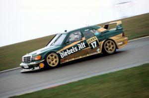 Eifelrennen auf dem Nürburgring, 19. April 1992. Roland Asch (Startnummer 17) mit einem AMG Mercedes-Benz Rennsport-Tourenwagen 190 E 2.5-16 Evolution II (W 201