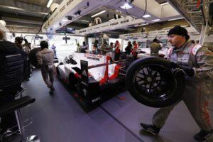 Porsche 919 Hybrid, Porsche LMP Team Timo Bernhard, Brendon Hartley, Earl Bamber