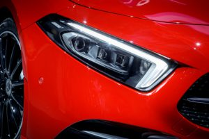 Mercedes neue A-Klasse mit LED Scheinwerfer Foto: © Mercedes