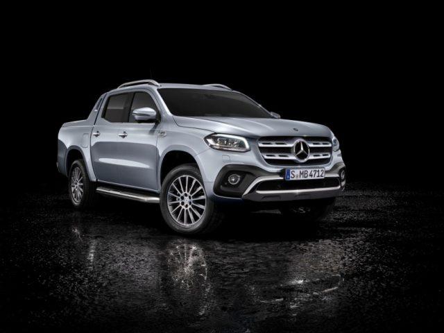 Beim Genfer Auto-Salon Anfang März feiert die Mercedes-Benz X-Klasse mit kraftvollem Sechszylindermotor und permanentem Allradantrieb 4MATIC ihre Weltpremiere. Mercedes-Benz X 350 d 4MATIC Foto: Damler AG