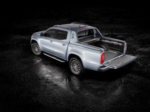 Beim Genfer Auto-Salon Anfang März feiert die Mercedes-Benz X-Klasse mit kraftvollem Sechszylindermotor und permanentem Allradantrieb 4MATIC ihre Weltpremiere. Mercedes-Benz X 350 d 4MATIC Foto: © Daimler AG