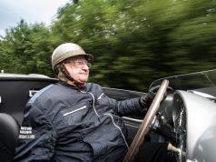 Porsche gratuliert Hans Herrmann zum 90. Geburtstag Foto: © Porsche