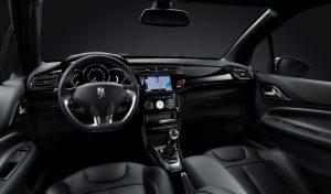 DS 3 Black Lezard Cockpit  Foto: © DS Automobiles