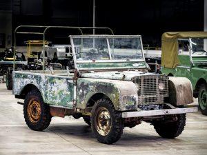 Landrover Serie 1 unrestaurierte Geländewagen-Legende auf der Techno Classica 2018 © Jaguar