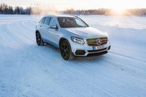 Mercedes-Benz EQC: Auf dem Weg zur Serienreife haben jetzt Prototypen die Wintererprobung in Nordschweden absolviert Foto: © Daimler AG