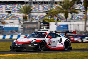 Porsche 911 RSR (912), Porsche GT Team: Earl Bamber, Laurens Foto: © Porsche Motorsport