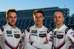 Laurens Vanthoor, Earl Bamber, Gianmaria Bruni (l-r  Foto: © Porsche Motorsport