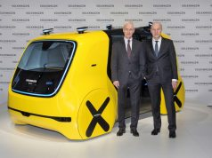 Matthias Müller, Vorstandsvorsitzender Volkswagen AG, und Frank Witter, Mitglied des Vorstands der Volkswagen AG, Geschäftsbereich Finanzen und Controlling, am SEDRIC. © Volkswagen AG