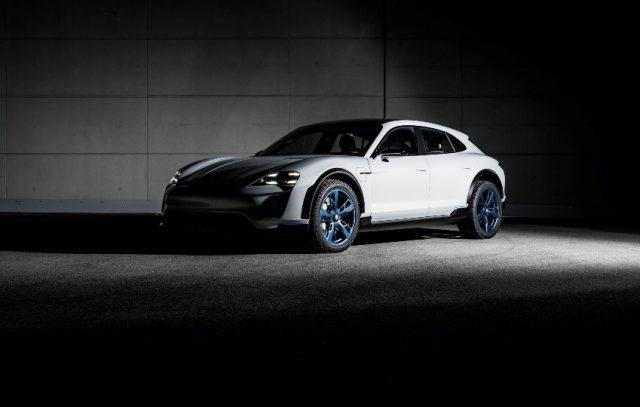 Porsche Konzeptstudie Mission E Cross Turismo Foto: © Porsche