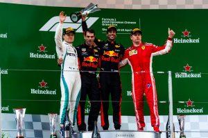 Formel 1 GP China 2018 Siegerehrung Valtteri Bottas Daniel Ricciardo Kim Rikkönen (v.l.n.r) © Ferrari F1