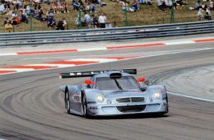 Klaus Ludwig und Ricardo Zonta gewinnen 1998 die FIA-GT-Meisterschaft. Auf AMG Mercedes CLK-LM siegen sie am 12. Juli 1998 im vierten Saisonrennen in Dijon © Mercedes Motorsport