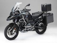 "Neues Original BMW Motorrad Zubehör ""Edition Black"" © BMW AG"
