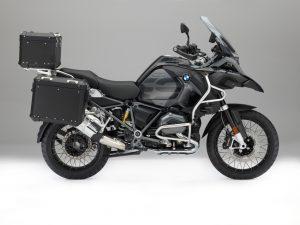 BMW Motorrad Edition Black Original zubehoer BMW R 1200 GS und R 1200 Adventure. © BMW AG