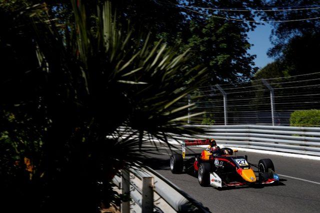 Formel 3 EM Pau 2018 Qualifying 27 Daniel Ticktum (GBR, Motopark, Dallara F317 - Volkswagen), FIA Formula 3 European Championship, round 1, Pau © Formel 3 EM