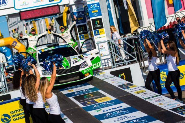 Mit Platz zwei bei der ,Rally Islas Canarias' holt sich der deutsche Champion Kreim auch die Spitze in der EM-Gesamtwertung in der U28-Kategorie. © Skoda Motorsport