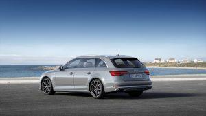 Audi A4 Avant Modelljahr 2019 Heckansicht S Line Competition © Audi AG