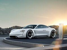 Mission E Der erste Elektro-Sportler von Porsche heißt Taycan © Porsche