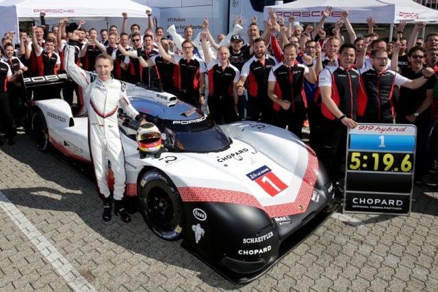 Nordschleifenrekord von Timo Bernhard im Porsche 919 Hybrid Evo © Porsche Motorsport