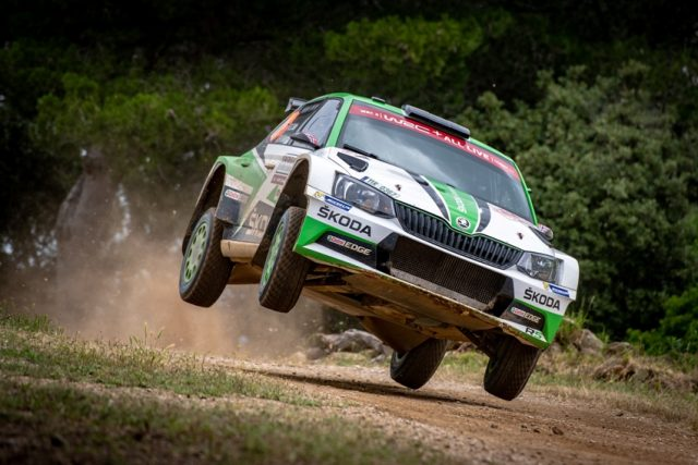 Rallye Italien Skoda Fabia R5 norwegischen ŠKODA Junioren Ole Christian Veiby und Stig Rune Skjaermœn &copy: Skoda Motorsport